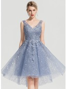 A-Line/Princess V-neck Asymmetrical Tulle Cocktail Dress With Sequins