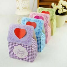 Floral Heart Design Favor Boxes