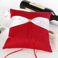 Ring Pillow in Satin With Sash