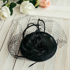 Ladies' Classic With Bowknot Beret Hat