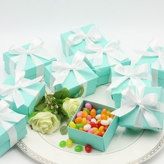 Tiffany Blue Favor Box (with Ribbon)