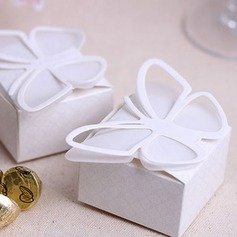 Butterfly Top Cubic Favor Boxes