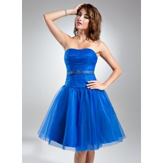 A-Line/Princess Sweetheart Knee-Length Tulle Cocktail Dress With Ruffle Beading
