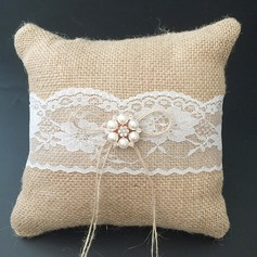 Square Ring Pillow in Lace/Linen With Faux Pearl