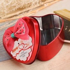 Lovely Heart-shaped Favor Tin With Bow