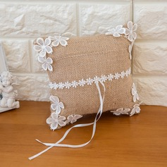 Classic Ring Pillow in Satin With Flowers