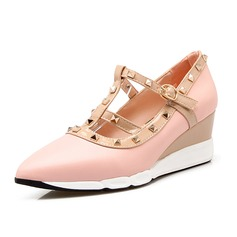 Women's Leatherette Wedge Heel Closed Toe shoes