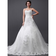 A-Line/Princess Sweetheart Cathedral Train Tulle Wedding Dress With Appliques Lace