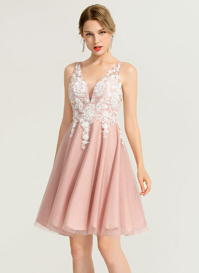 A-Line/Princess V-neck Short/Mini Tulle Cocktail Dress