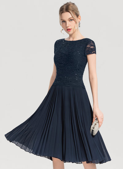 A-Line/Princess Scoop Neck Knee-Length Chiffon Cocktail Dress With Sequins Pleated