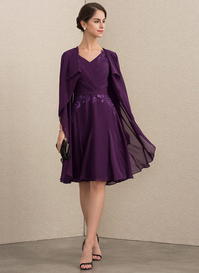 A-Line V-neck Knee-Length Chiffon Lace Mother of the Bride Dress With Sequins