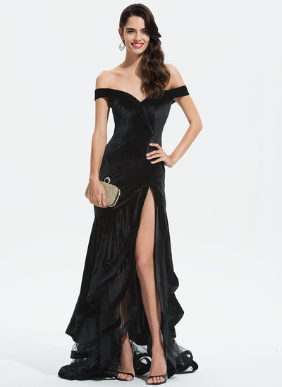 Trumpet/Mermaid Off-the-Shoulder Sweep Train Velvet Evening Dress With Cascading Ruffles