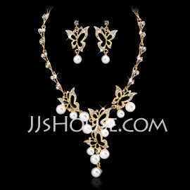 Butterfly Shaped Alloy/Pearl With Crystal Ladies' Jewelry Sets (011027559)