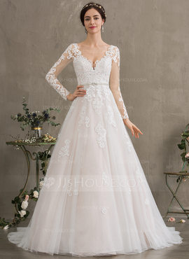 Ball-Gown/Princess V-neck Court Train Tulle Wedding Dress With Beading Sequins (002186386)