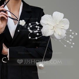 Romantic Cotton Boutonniere (Sold in a single piece) -