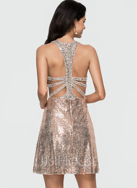 A-Line Scoop Neck Short/Mini Sequined Homecoming Dress With Beading (022164898)