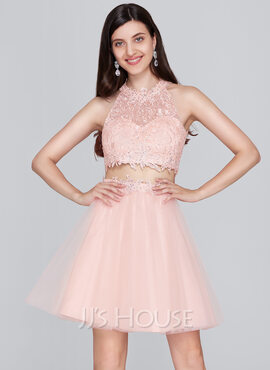 A-Line/Princess Scoop Neck Short/Mini Tulle Homecoming Dress With Beading (022124869)