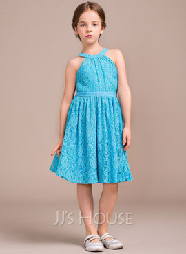 A-Line/Princess Scoop Neck Knee-Length Lace Junior Bridesmaid Dress With Ruffle Bow(s) (009081130)