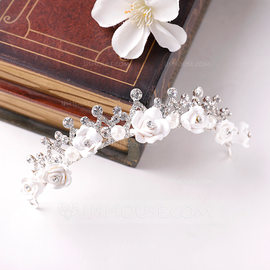 Ladies Glamourous Alloy Tiaras (Sold in single piece) (042190740)