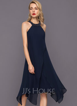 A-Line Scoop Neck Asymmetrical Chiffon Cocktail Dress With Beading (016140362)
