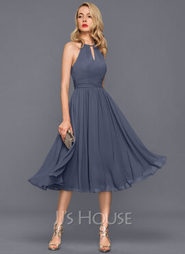 A-Line/Princess Scoop Neck Knee-Length Chiffon Cocktail Dress With Ruffle (270177328)