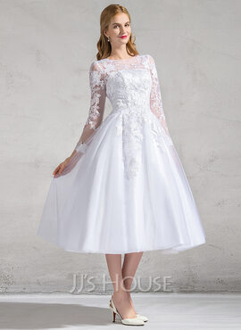 Ball-Gown Scoop Neck Tea-Length Tulle Wedding Dress With Appliques Lace (002083685)