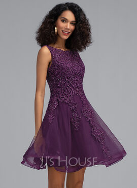 A-Line Scoop Neck Short/Mini Tulle Homecoming Dress With Beading (022203150)