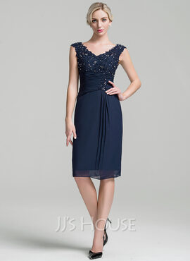 Sheath/Column V-neck Knee-Length Chiffon Cocktail Dress With Ruffle Beading Sequins (016111369)