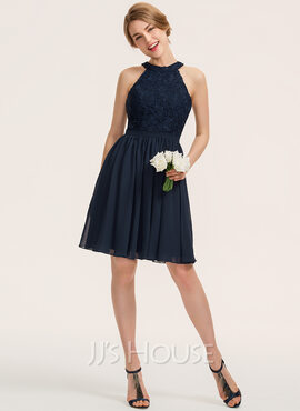 A-Line Scoop Neck Knee-Length Chiffon Lace Bridesmaid Dress With Ruffle (007190718)