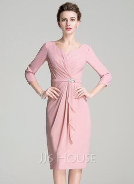 Sheath/Column Scoop Neck Knee-Length Chiffon Mother of the Bride Dress With Ruffle Crystal Brooch (267177696)