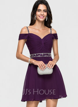 A-Line Sweetheart Short/Mini Chiffon Homecoming Dress With Beading Sequins (022164856)