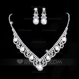 Ladies' Hottest Rhinestones With Pear Jewelry Sets (011209098)