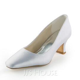 Women's Satin Spool Heel Closed Toe Pumps