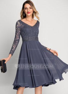 A-Line V-neck Knee-Length Chiffon Cocktail Dress With Beading Sequins (016212840)
