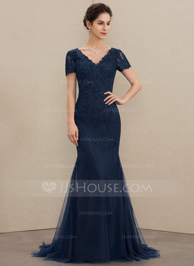 Trumpet/Mermaid V-neck Sweep Train Tulle Lace Mother of the Bride Dress