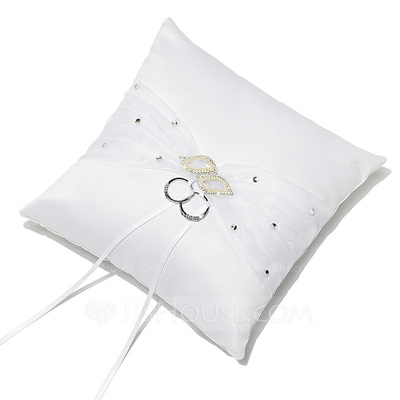 Pure Elegance Ring Pillow in Satin With Rhinestones