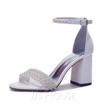 Women's Patent Leather Sandals With Rhinestone Pearl