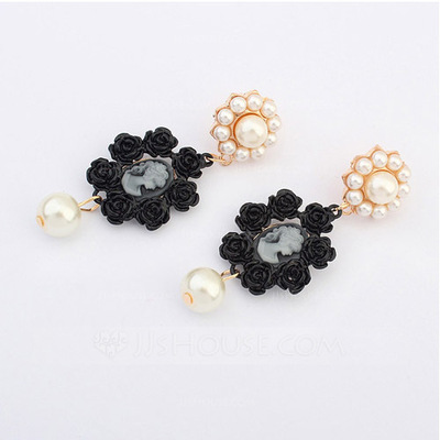 Nice Zinc Alloy With Imitation Pearl Ladies' Fashion Earrings