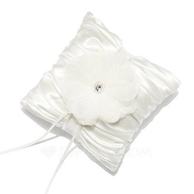 Pure Elegance Ring Pillow in Satin With Rhinestones/Petals