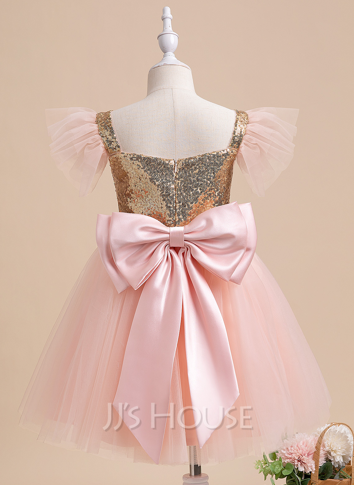 A-Line Knee-length Flower Girl Dress - Short Sleeves Square Neckline With Sequins/Bow(s)