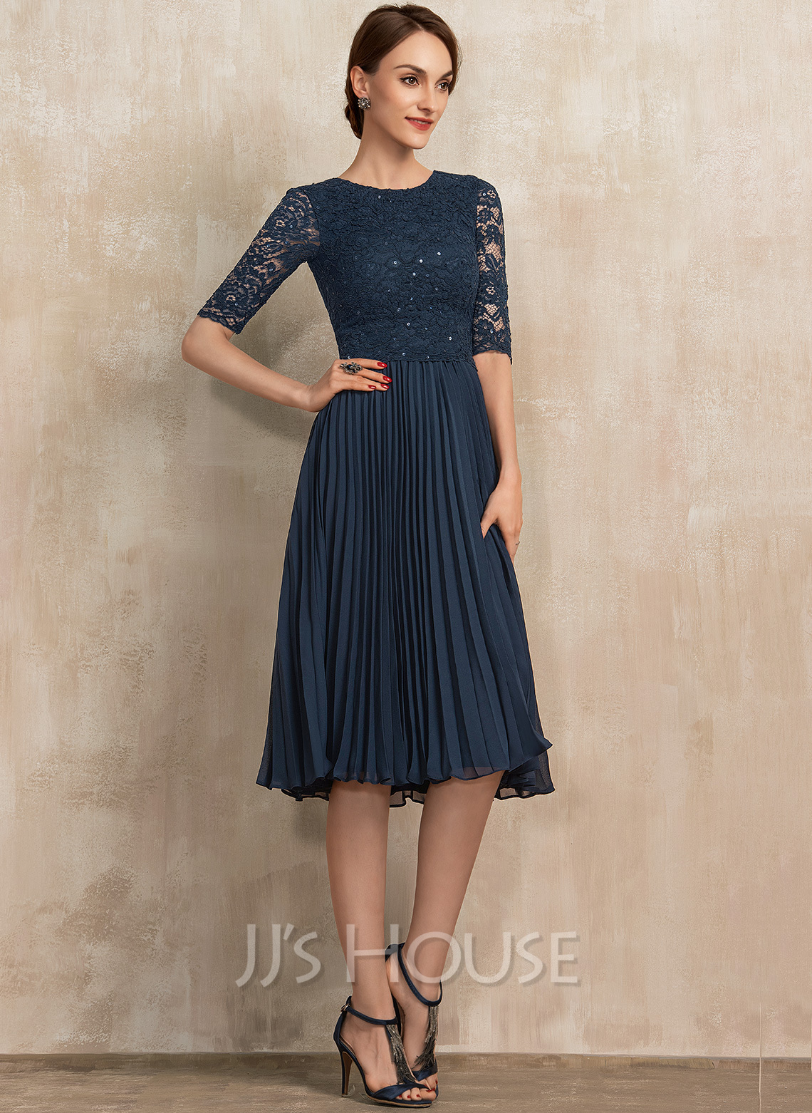 Scoop Neck Knee-Length Chiffon Lace Mother of the Bride Dress With Sequins Pleated