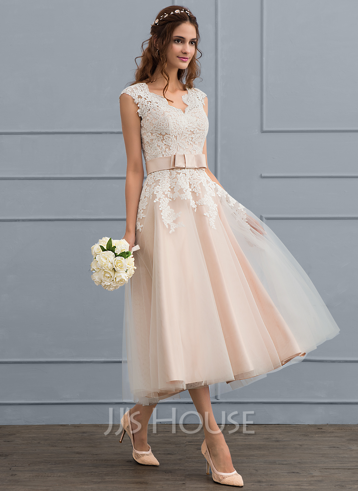 A-Line V-neck Tea-Length Tulle Wedding Dress With Bow(s)