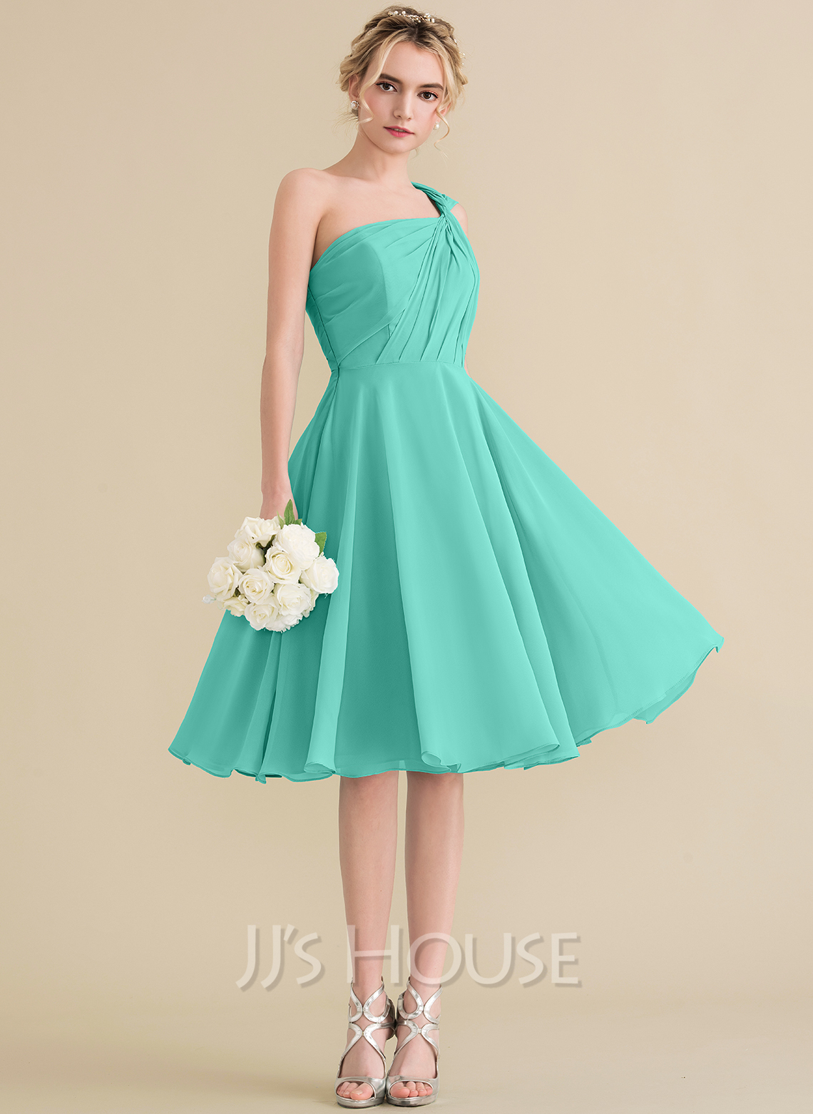 0827cd1b5 A-Line/Princess One-Shoulder Knee-Length Chiffon Bridesmaid Dress With  Ruffle. Loading zoom
