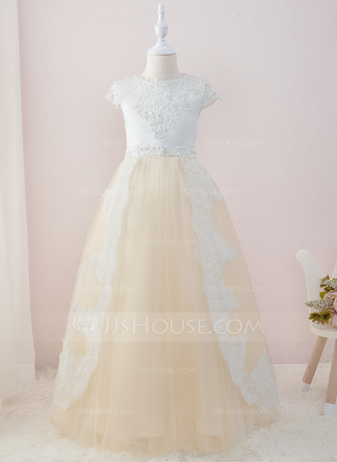 Ball-Gown/Princess Floor-length Flower Girl Dress - Satin/Tulle/Lace Short Sleeves Scoop Neck With Beading/Sequins
