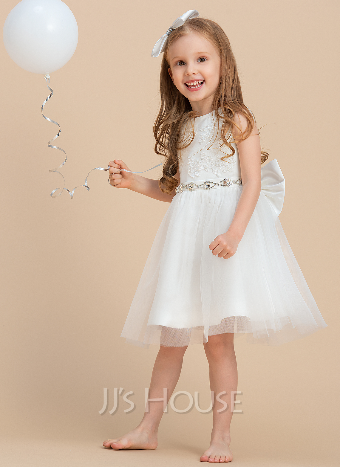A-Line/Princess Knee-length Flower Girl Dress - Satin/Tulle/Lace Sleeveless Scoop Neck With Bow(s)/Rhinestone/V Back