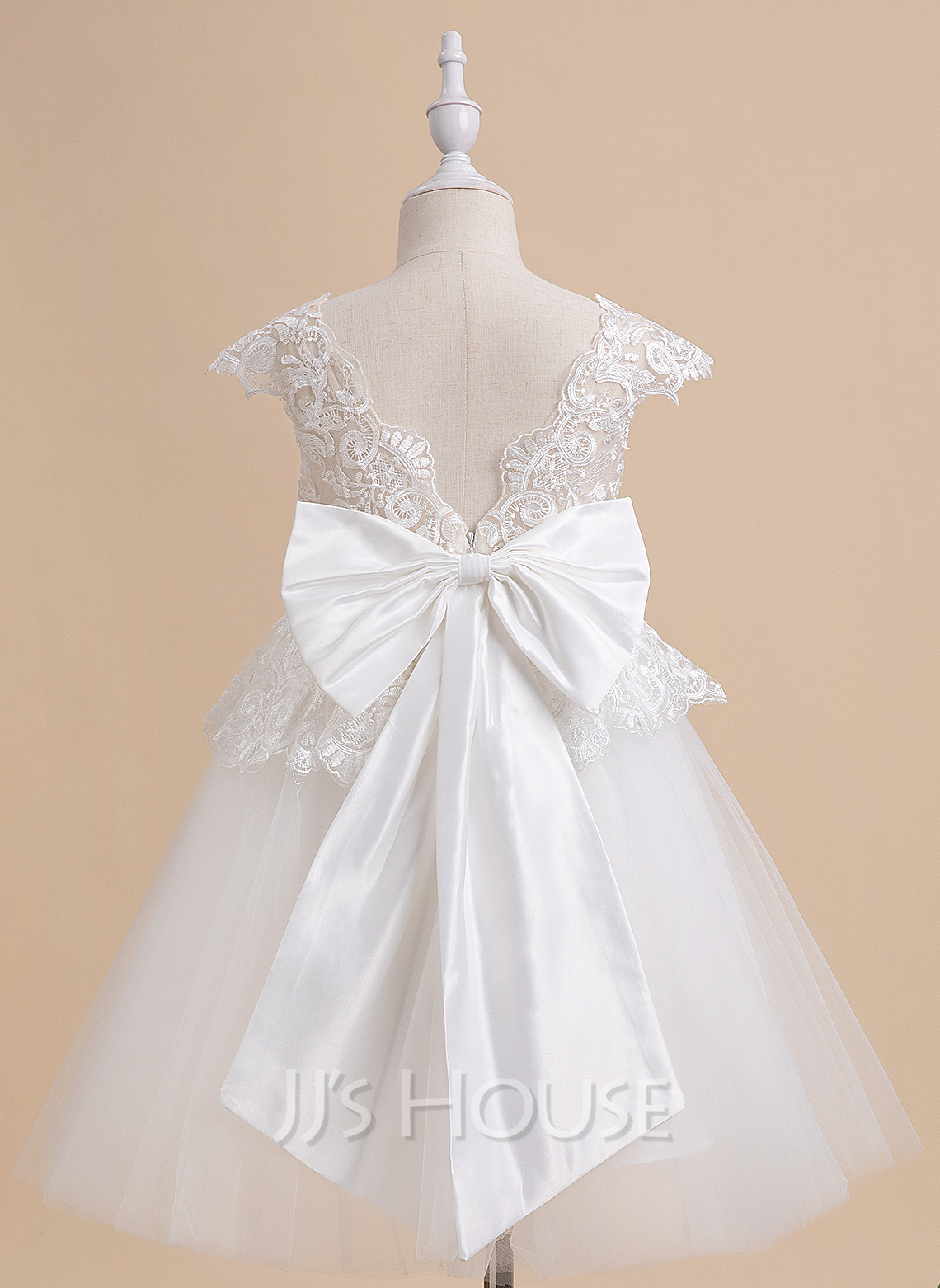 A-Line Knee-length Flower Girl Dress - Tulle Sleeveless V-neck With Bow(s)/V Back