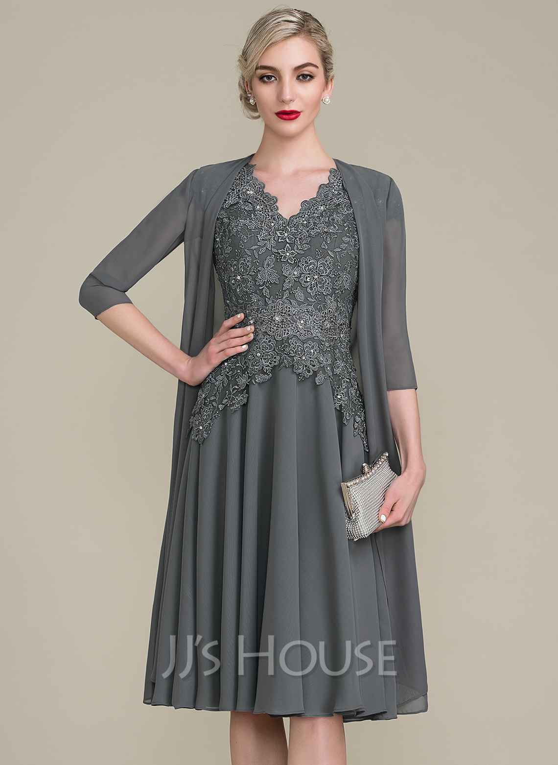 V-neck Knee-Length Mother of the Bride Dress With Beading