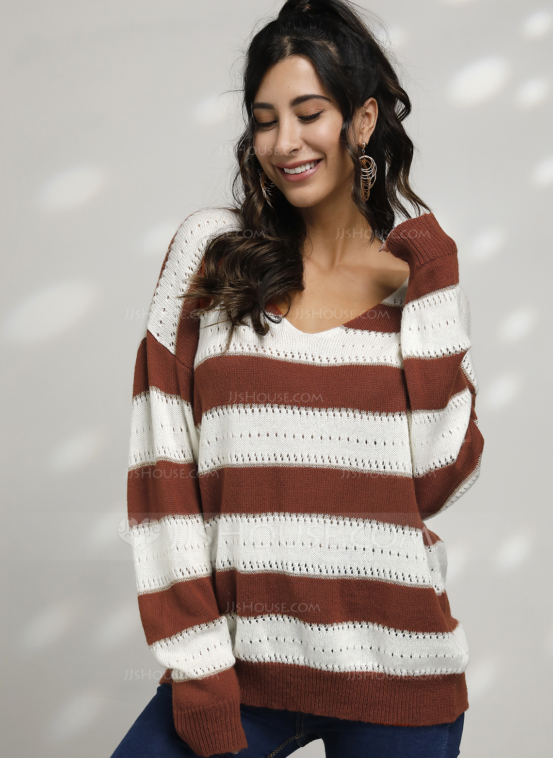 Striped Cable-knit Chunky knit Polyester V-neck Pullovers Sweaters