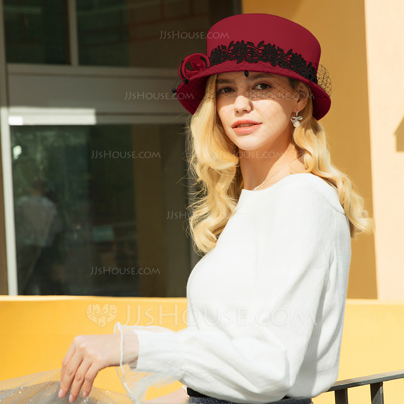 Ladies ' Gorgeous/Classic/Elegant Uld med Tyl Bowler / Cloche Hat/Kentucky Derby Hatte/Tea Party Hats
