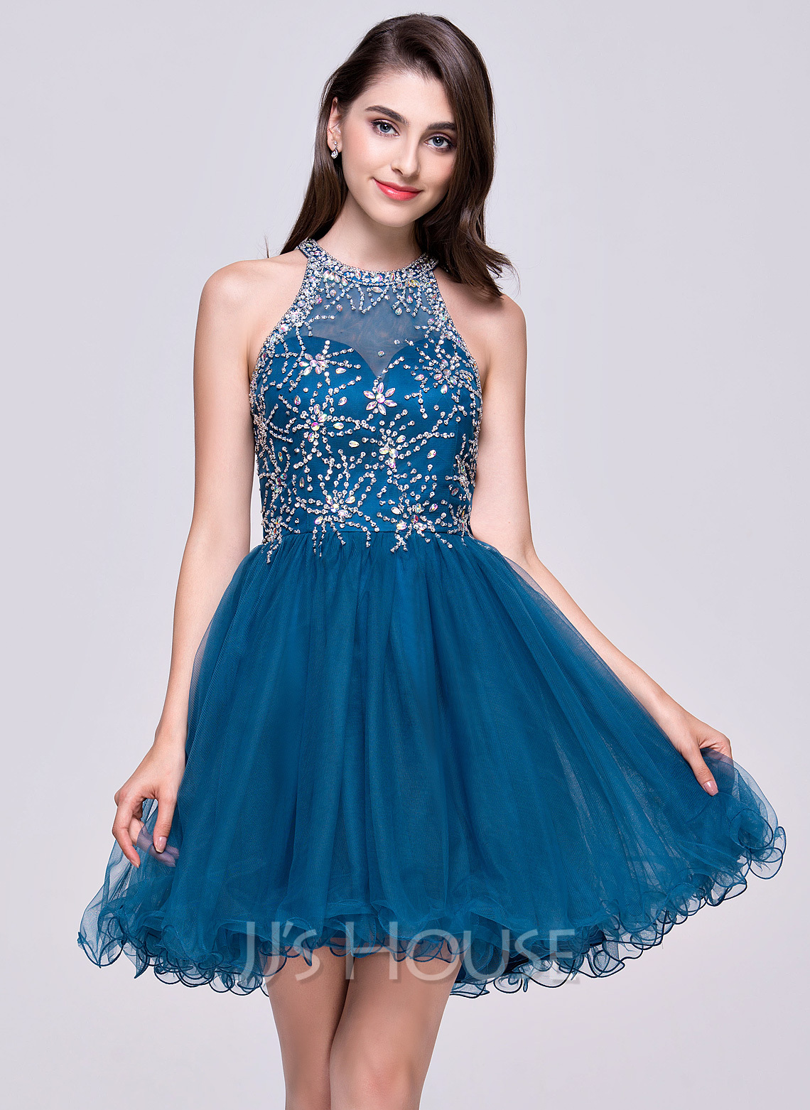 A-Line/Princess Scoop Neck Short/Mini Tulle Homecoming Dress With Beading Sequins
